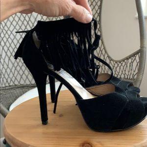 Steve Madden platform heels w/fringe size 8